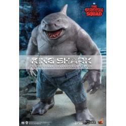 Figura King Shark Escuadrón Suicida Hot Toys Escala