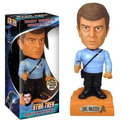 Cabezón Star Trek. McCoy Wacky-Bobbler Funko