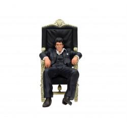 Tony Montana Sentado Figura 18 cm Scarface