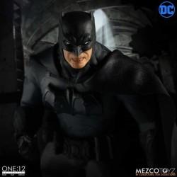Figura Batman Supreme Knight. Mezco (The One 12: Collective)