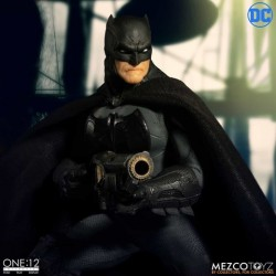 Figura Batman Supreme Knight. Mezco (The One 12: Collective)