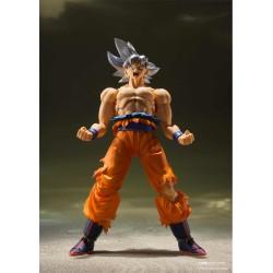 Figura Goku Ultra Instinct Dragon Ball SH Figuarts Bandai