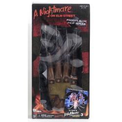 Replica Guante Freddy Krueger. Pesadilla en Elm Street 3