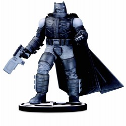 Estatua Armored Batman Batman Black & White. Frank Miller