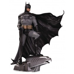 Estatua Batman Alex Ross DC Designer Series Deluxe