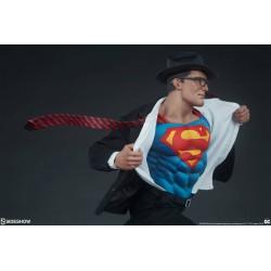 estatua superman call to action premium format sideshow