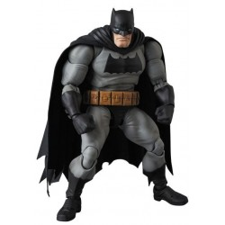 Figura Batman Dark Knight Returns MAF EX Medicom