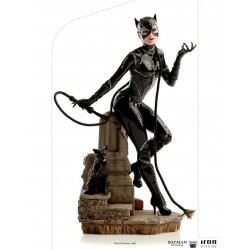 Catwoman Batman Returns Escala 1/10 Iron Studios