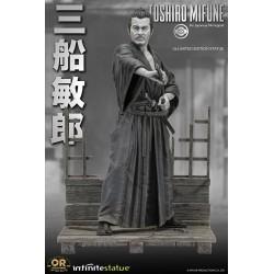 Estatua Toshiro Mifune Old & Rare Escala 1/6 Infinite Statue