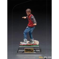 Estatua Marty McFly En Hoverboard Regreso Al Futuro 2 Escala 1:10 Iron Studios
